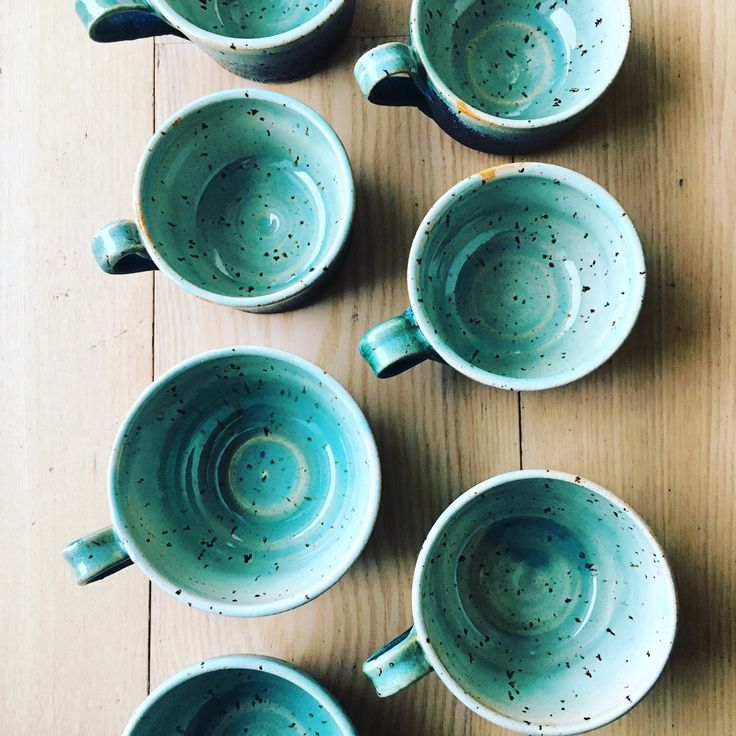 My custom order green cups are available on the moment🌿Two larger cups are already SOLD. 🍃Five smaller one still available to sale 👍#pollipots #cups #green #customorder #custommade #new #maker #potteryshop #scandinavian #smallshop #unique #oneofkind