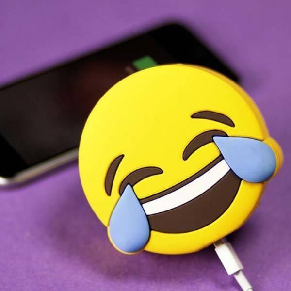Power Bank Emojis – Risa