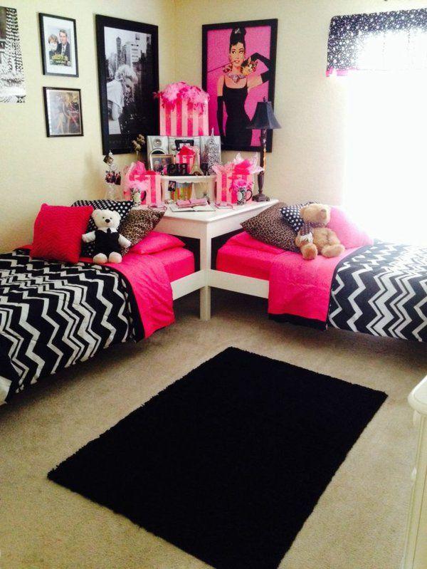 Les 25 meilleures id es de la cat gorie chambres de filles jumelles sur pinterest b b filles for Tableau pour chambre ado fille