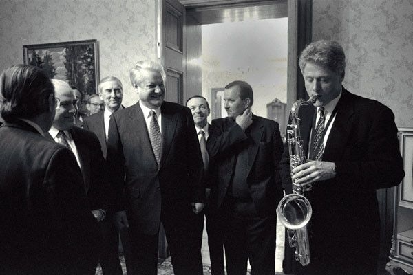 President Bill Clinton plays the saxophone for Russian Federation President…