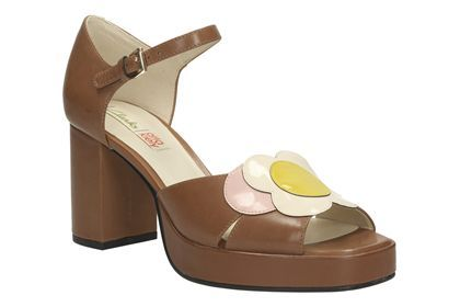 Womens Smart Sandals - Orla Betty in Tan Combi Leather from Clarks shoes