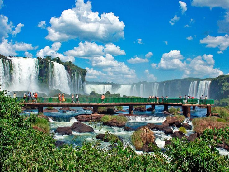 Descubre la magia de las #CataratasDelIguazu #Argentina #FozDeIguazu #Brasil