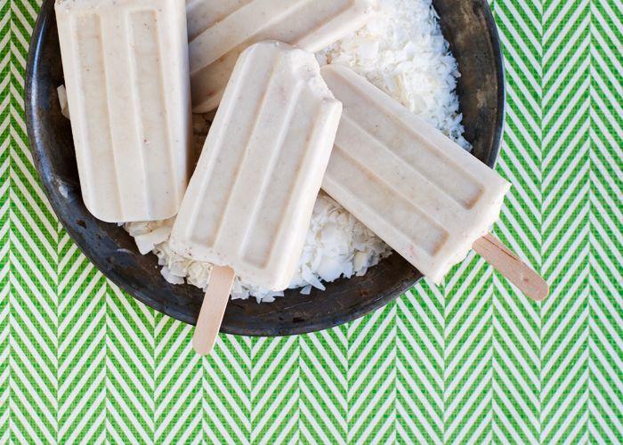 Creamy Coconut Ice Pops (Vegan!) // Hungry Girl por Vida