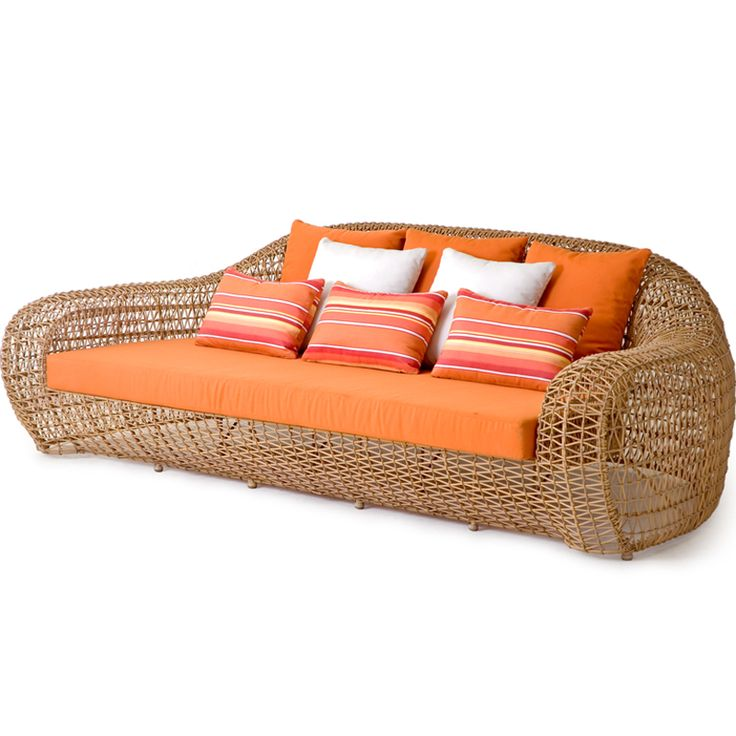 . Outdoor Chaise Lounge – Outdoor Daybed – Modern Outdoor Daybed – Modern Outdoor Chaise Lounge | SwitchModern.com - https://www.switchmodern.com/Outdoor-Furniture/Outdoor-Furniture.asp