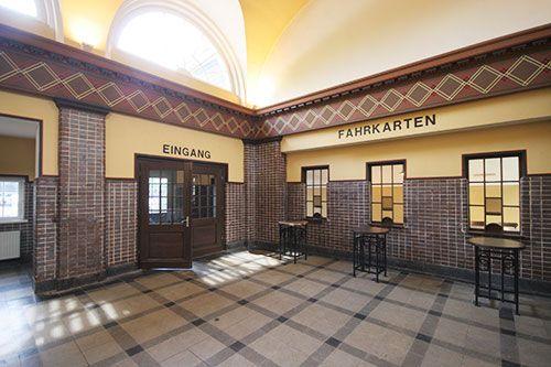 Neu belebt: Der historische Bahnhof in Bochum-Dahlhausen bietet den Besuchern nicht nur den Charme einer alten Bahnhofshalle, sondern neuerdings auch wieder kulturelle Veranstaltungen.