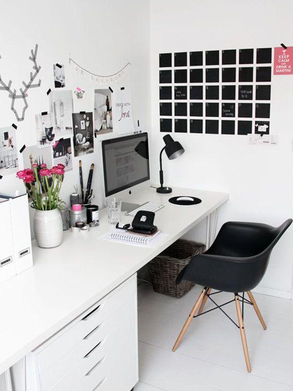 Seja para trabalhar de casa, ou somente por querer um cantinho estiloso para fazer suas compras online – através do Steal The Look, é claro – separamos fotos de ambientes super inspirad…