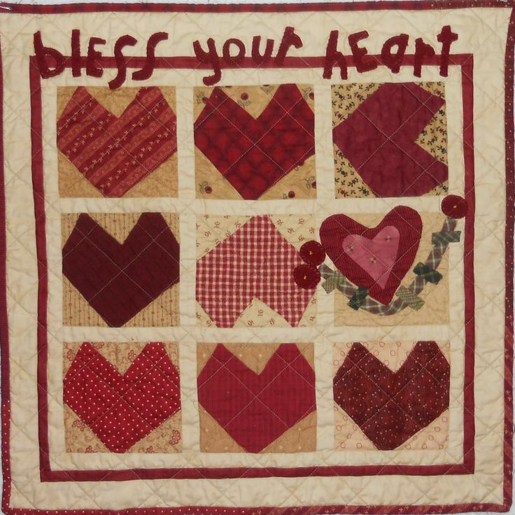 Pattern For Log Cabin Heart Quilt : 1000+ images about Heart Quilts on Pinterest Quilt, Nine patch quilt and Valentine heart