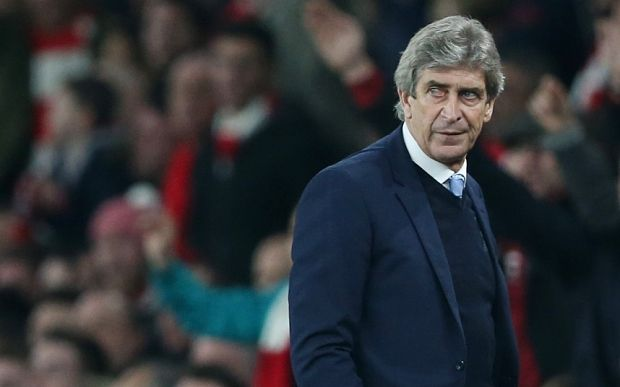 Chelsea could turn to the now available Manuel Pellegrini