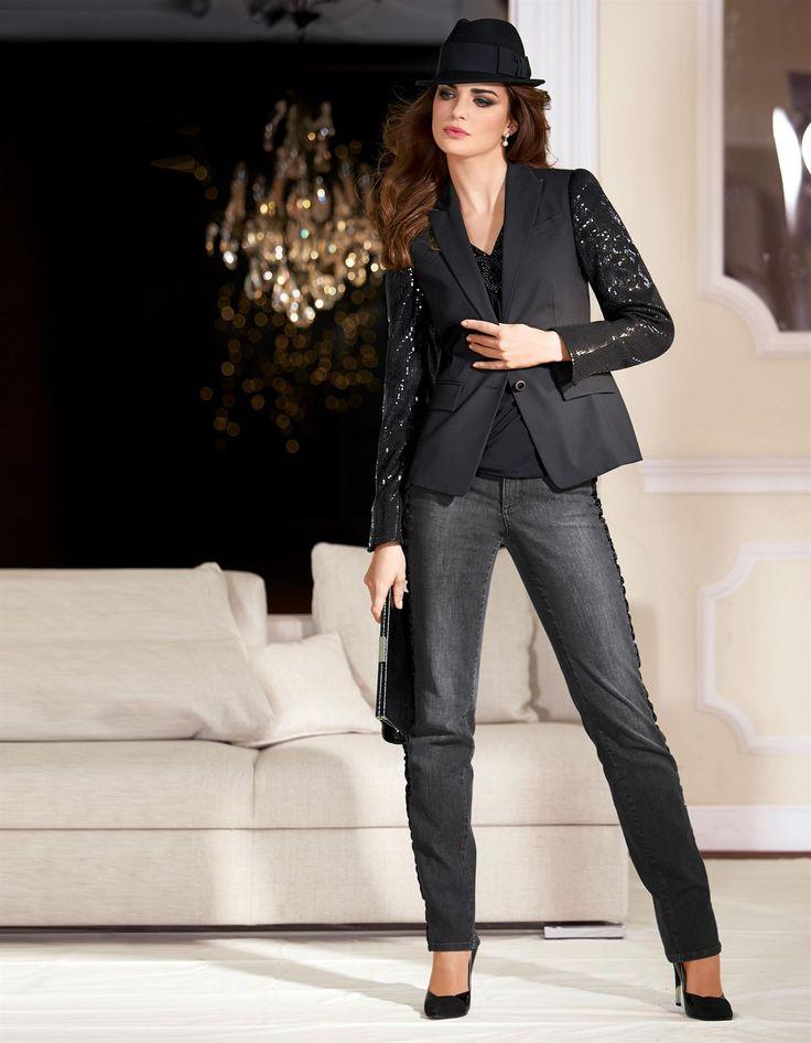 Blazer mit Pailletten in der Farbe schwarz - im MADELEINE Mode Onlineshop
