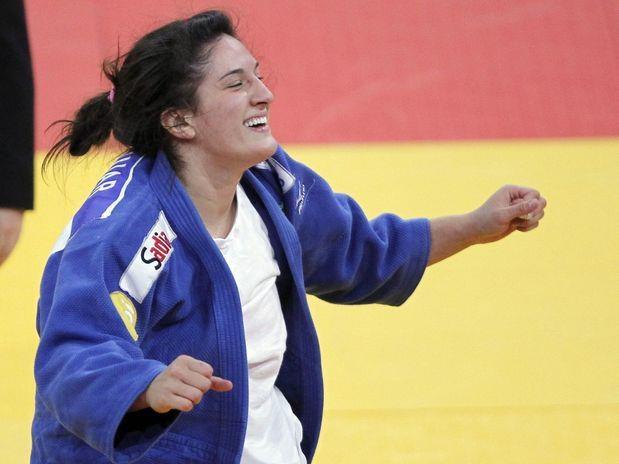 170 dias para London 2012: Mayra Aguiar é a melhor judoca da atualidade na categoria até 78 kg. Mais uma boa notícia para o judô brasileiro às vésperas dos Jogos Olímpicos.