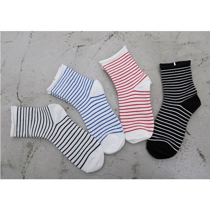 Korea womens apparel shopping mall [REDKITTEN]   Striped socks -2 pairs of sets / Price : 6.74 USD #woman-fashion #casual #ootd #basic #acc #accessory #socks #REDKITTEN