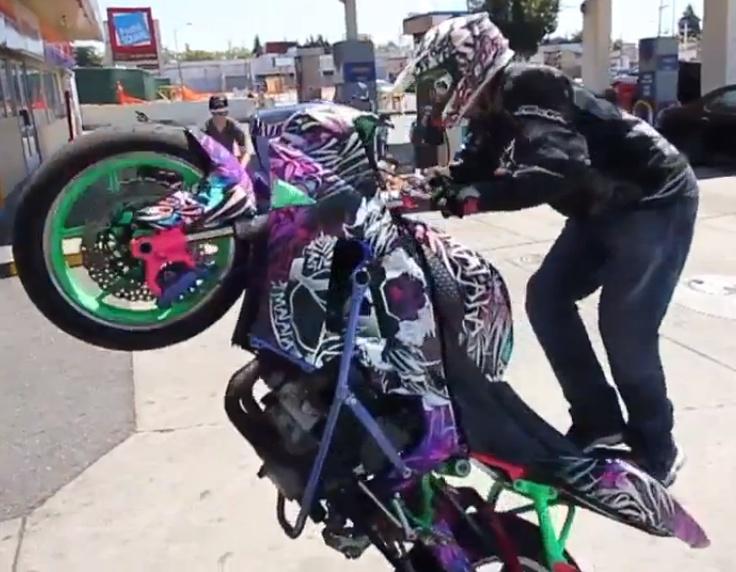 mmmm my fav stunt bike <3