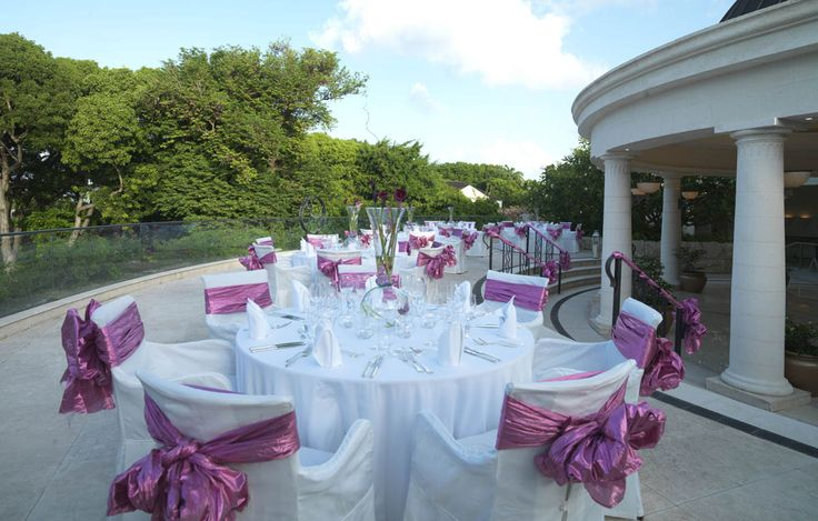 5 Star Hotels in Barbados. Sandy Lane Resort is the perfect resort for 5 star holidays on the beach, or exclusive luxury weddings, meetings and events.