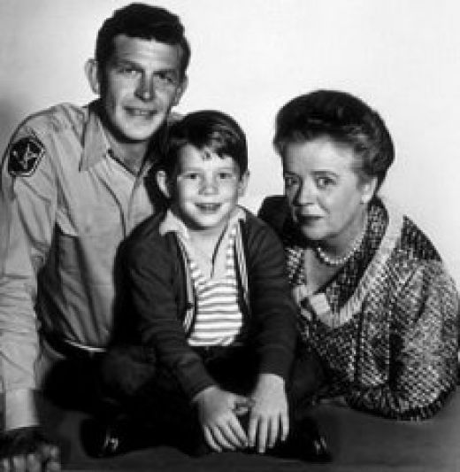 aunt bea and andy griffith relationship