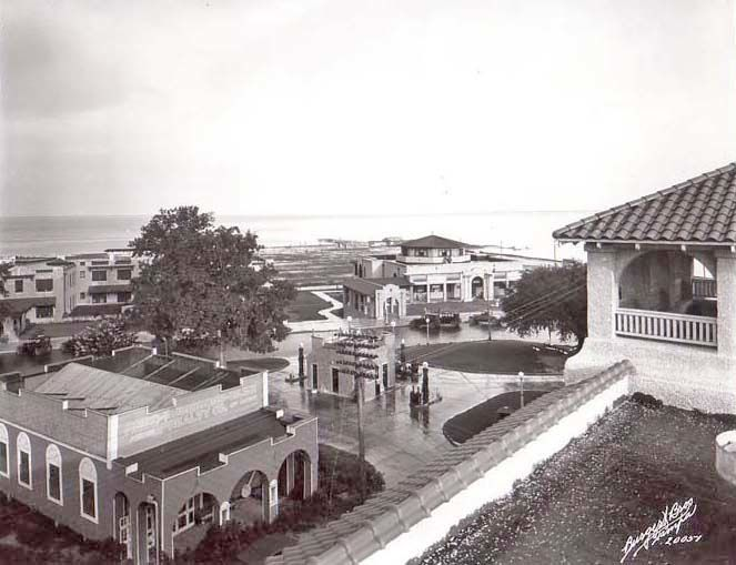 #TBT AWESOME Fun throwback picture….a historic birds eye view from the Safety Harbor Spa! http://www.safetyharborspa.com/