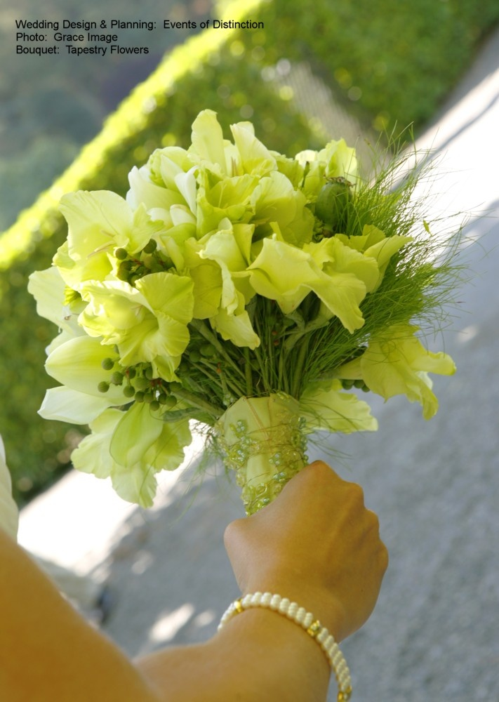 Yes to gladiolus primped right!  Green Bridal Bouquet. Change the green, but perfect!