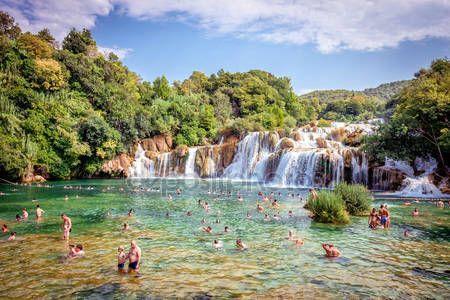 krka national park | Krka-Nationalpark mit Wasserfällen — Redaktionelles Stockfoto ...