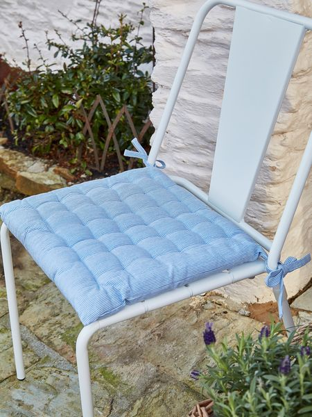 Pin-Stripe Seat Pad Nordic Blue #nordichouse #stripes #blue #outdoorliving