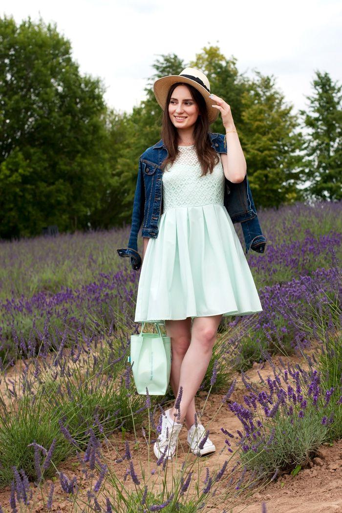 Lavender Dreams: http://www.practicalqueenap.com/2015/08/lavender-dreams.html