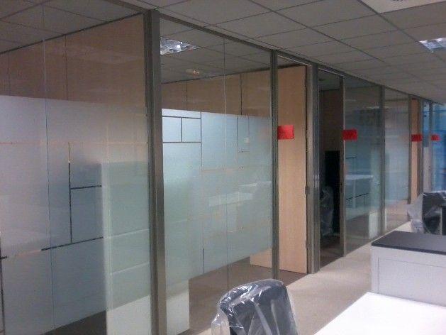 Despacho puerta madera vidrio buscar con google naves - Puertas de madera con cristal ...