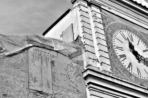 Crevalcore, dove il tempo è fermo dal terremoto del maggio scorso (FOTOGALLERY) - Barbara Gozzi©