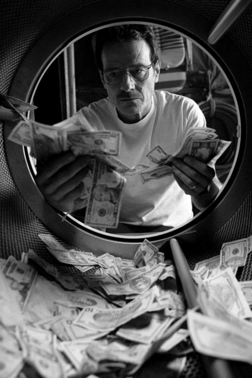 Breaking Bad, Walter White (?), 'Heisenberg', laundry money, great tv series, show, portrait, photo b/w.