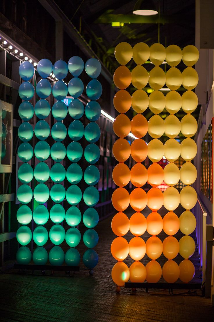 Balloon wall using Quicklinks. Design by Sydney Theatre Company, photo by Lucas Jarvis. @sydneytheatreco