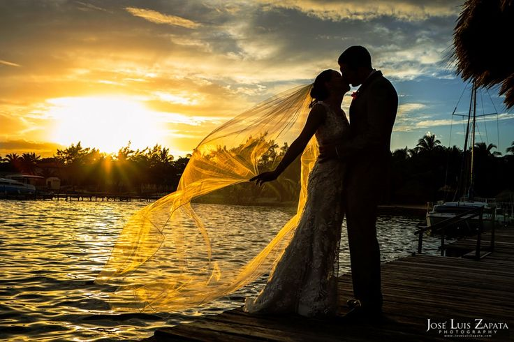 With a tropical setting every location is the perfect picture backdrop for your Belize destination wedding at Xanadu Island Resort