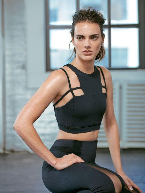Black High Neckline Designer Cross Strap Helena Medium Support Fashionable Sports Bra for Workout in Gym