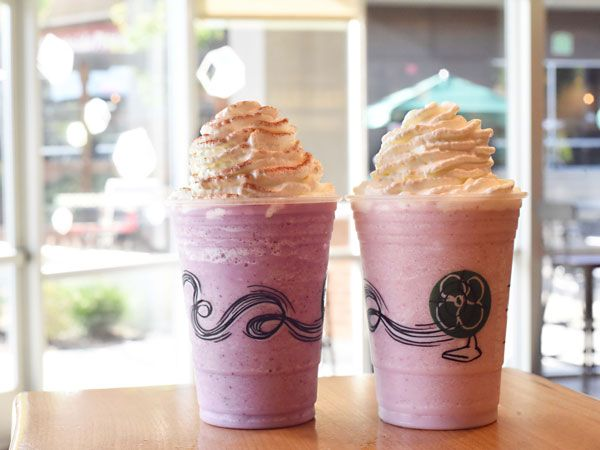 Starbucks Has 3 New Frappuccinos on Their Secret Valentine's Day Menu http://greatideas.people.com/2016/01/12/starbucks-valentines-day-frappucinos-secret-menu/