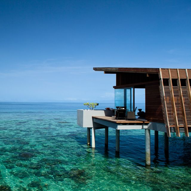 I've always been intrigued by over the water homes. Park Hyatt Hadahaa @ Maldives
