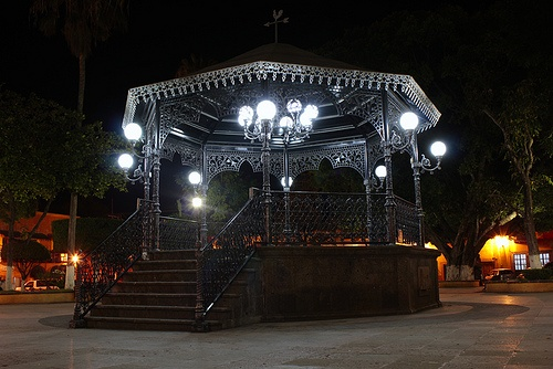 Kiosko Nocturno