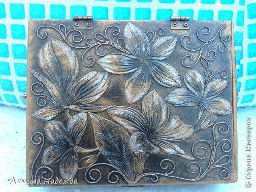 Поделка изделие Аппликация из скрученных жгутиков Картонаж Коробочка и кое-что ещё Картон Клей Краска Салфетки фото 4
