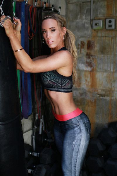 Women's fashion fitness clothes to transform your workout. Yoga Pants | Workout Clothes | Athletic Apparel | Running Clothing | Sports Bra