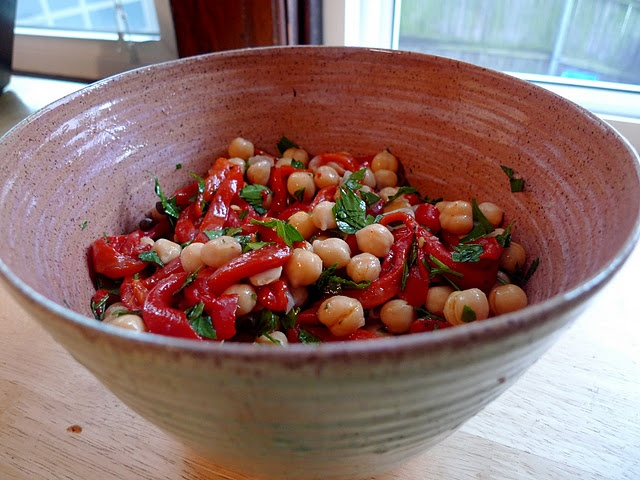 chickpea salad with roasted red peppers and capers