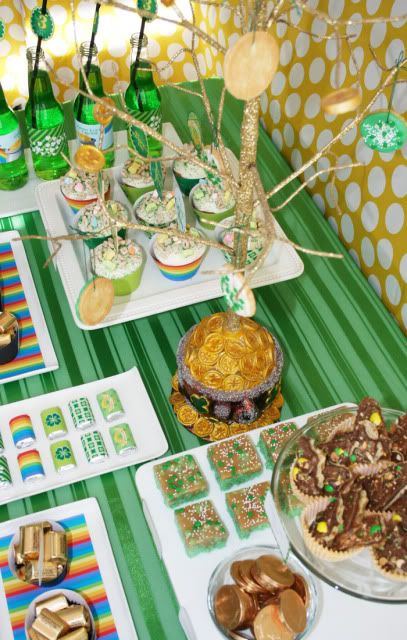 Here's a party from a 3 year old's lucky b-dayBeans Parties, Irish Stpattysday, Irish Parties, War Parties, St Patricks Day, St Patti, Parties Ideas, St Patty'S, Parties Tables