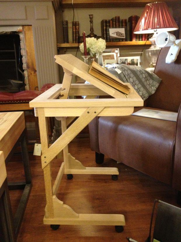 Mesa auxiliar de sof fabricada con madera de roble ideal for Bandejas de madera