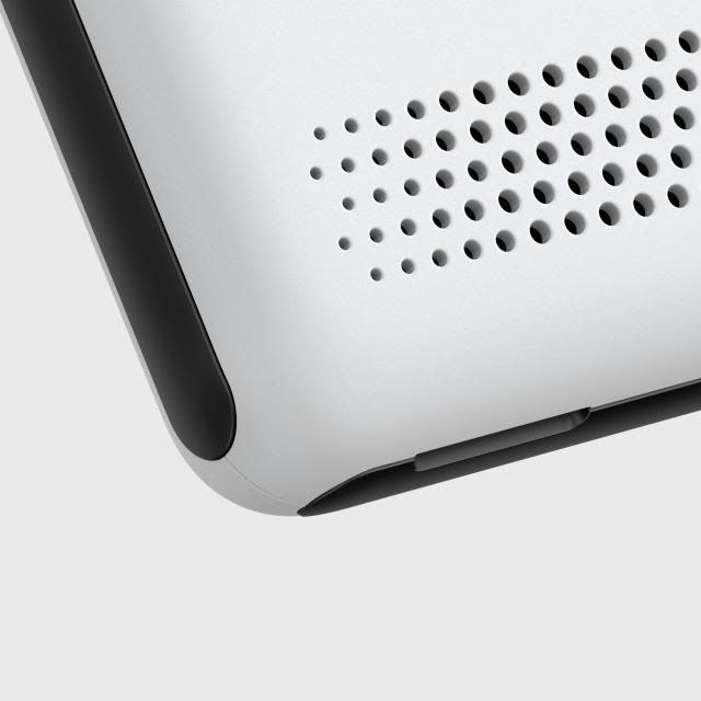 Details we like / Patern / Dots / White / Black / Soft Corners /at lemanoosh
