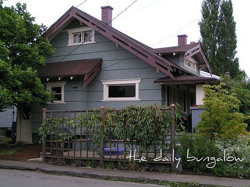 1000 images about exterior on pinterest modern for Bungalow paint schemes