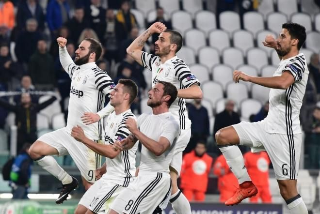 Covesia.com - Juventus melaju ke perempatfinal Liga Champions usai menyingkirkan tim Portugal, FC Porto, dengan skor 1-0 (agregat 3-0) atas Porto pada leg...