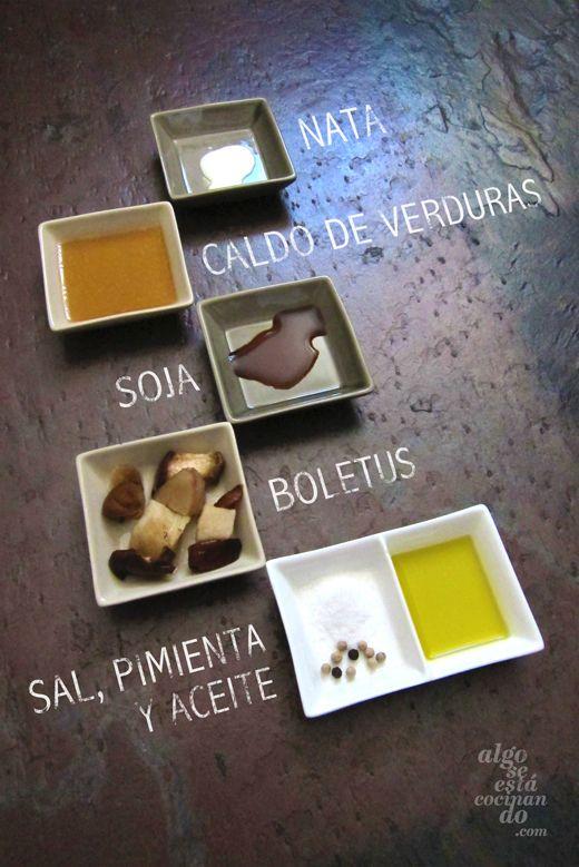 Ingredientes para una salsa se boletus.