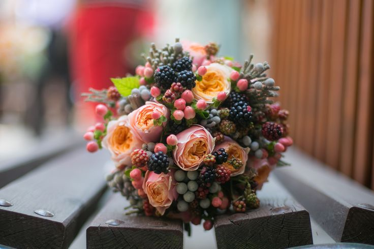 Berries, roses, hypericum and brunia bouquet #WOW Flowers