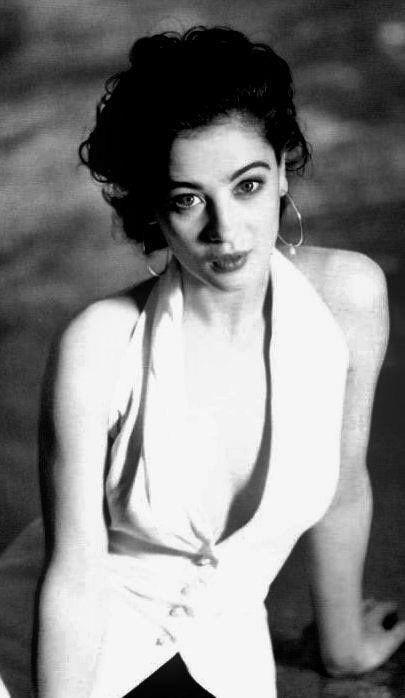 Moira Kelly.