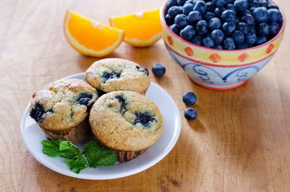Bezglutenowe pomarańczowo - borówkowe muffiny od Cook Eat Paleo #muffinmadness #paleo #glutenfree