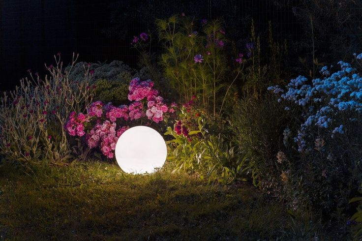 BABYMOON | rendl light studio |  Opal colored ball of thermoplastic for an energy efficient light source, suitable for gardens. The lamp can be installed as a pendant or as a floor light after adjustment. #lights #design #outdoor #pendant #floor
