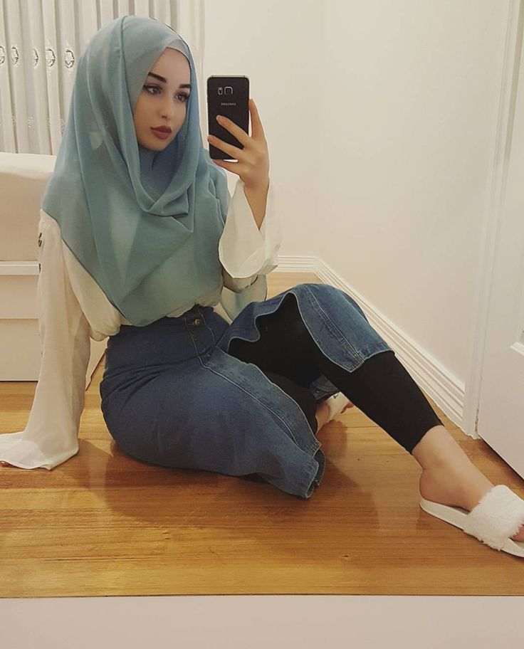 @Sarahbeauty19 Pinterest: @adarkurdish hijab and outfits...