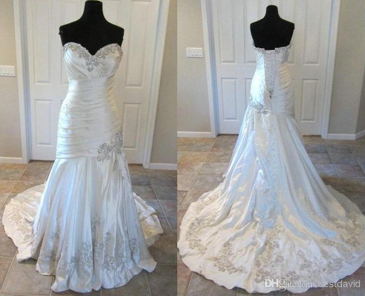 Best 25 mermaid wedding dress bling ideas on pinterest for Bling corset mermaid wedding dresses