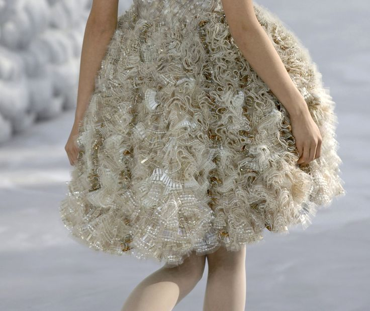 Details: Chanel, Haute Couture Spring/Summer 2008.Couture Details, Runway Details, Style, Chanel Haute Couture 2008Ss, Adorable Details, Couture Spring Summe, Clothing Inspiration, Spring Summe 2008, Couture Fashion
