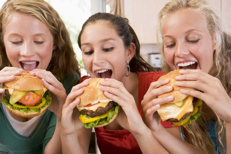 Are You Hungry? Check Out One of The Best Burger Restaurants in America - http://thebesttravelplaces.com/best-burger-restaurants-america/