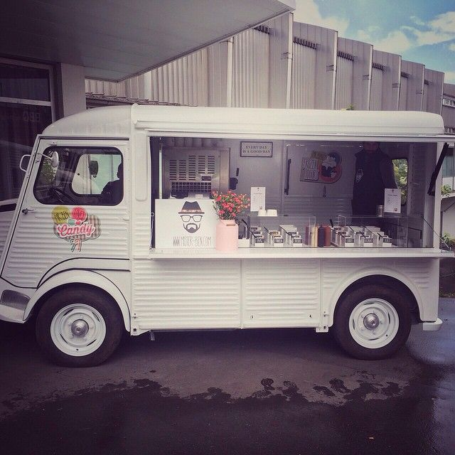 """@mrbenlive's photo: """"Finally proud to present our new family member... MR. BEN Street Truck, 1st Day @work #frozenyogurt #frozenyogurttruck #streetfood #streettruck #foodtruck #foodvan #candy #coffeebar #coffeetruck #coffeevan #pokalfinale #citroen #hy #vintage #justthebeginning #mstrbn #mrbenlive"""""""